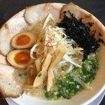 万人家 - 特製ラーメン (半麺 ) 800円