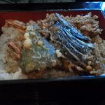 川崎増田屋 - ご飯も多めでボリューム感ある