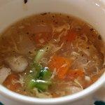 創作キッチン 集 - どちらにも付くスープ。
