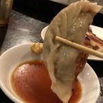 泰興楼 - 泰興楼 八重洲本店(東京都中央区八重洲) 焼餃子(4ps)