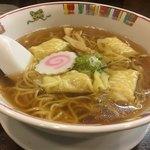 大文字 - ワンタン麺 700円