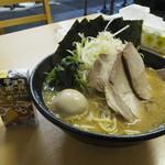 一二三家 - 得とくラーメン(950円)