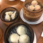 重慶茶樓 - フカヒレしゅうまい、小籠包、海老しゅうまい