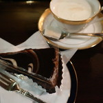 築地 - ヌーベルショコラとウィンナーコーヒー