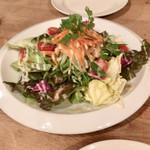 ダンダダ - 料理写真:いろいろ野菜サラダ
