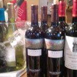立ち喰い寿司とビオワイン ふく  - グラスワインも豊富にあります