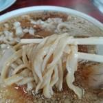 76980289 - 柔らかなうどんのような極太平麺