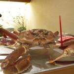 76983801 - 今年初物の松葉蟹 元気いっぱいでした。
