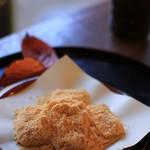 待春軒 - 料理写真:黄な粉餅