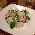 一瞬 - 生湯葉の春巻きサラダ