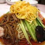 揚子江菜館 - 元祖冷やし中華 五色涼拌麺