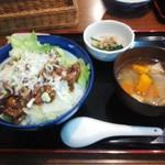 銀座ホール - 純レバ丼860円也