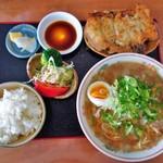 ラーメン酒場 海坊主 - ラーメン定食(800円)