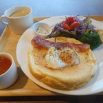 サクラ - チーズパンケーキランチ