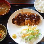 ママ食堂 - 味噌カツ定食