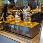ブルーボトルコーヒー - サイフォンもありました。