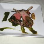 770235 - 仔羊ロース肉のポワレ ほうれんそうソース