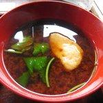 小手川商店 - 赤だしの味噌はもちろんフンドーキン。
