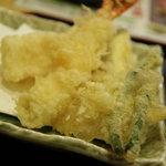 天丼てんや - 生ビールセットの天ぷら