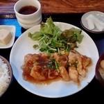 ファオ - 料理写真:揚鶏ネギショウガあんかけ