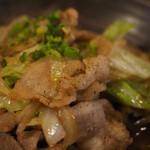 居酒屋コバラヘッタ - 豚肉とキャベツの味ぽん炒めアップその2
