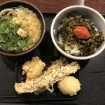 77003486 - うどん(あつかけ)と明太子ご飯のセット+鶏天、半熟卵天、茄子天、ちくわ天
