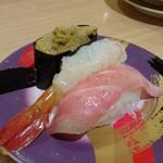 77004952 - ◆大トロ・ボタン海老・雲丹(660円)・・雲丹は見本と随分違うような。(-_-;) ボタン海老は美味しいですよ。