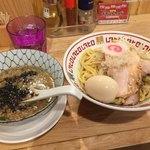 77007587 - 煮干し味玉つけ麺