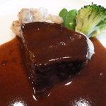 レストラン シェ・オカ - 牛ほほ肉の煮込み