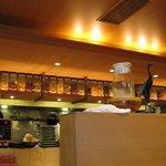鶴亀飯店 - 厨房