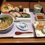かごの屋 - 冬のにぎりずし小ぶり麺セット¥1690(税抜)