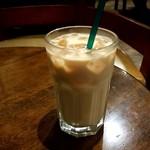タリーズコーヒー - アイスロイヤルミルクティー:390円