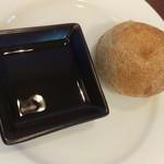 エピセ - 自家製のパン