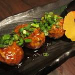 旬魚と個室 和食りん  - 京地鶏となんこつのつくね(1.5倍) 580円×1.5