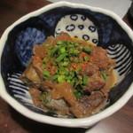 旬魚と個室 和食りん  - 牛すじ味噌煮込み 680円