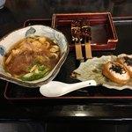 曽我の軒 - わさびいなり寿司セット  980円