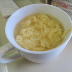 大和名物大餃子の店 サイヨー - 飲み放題のたまごスープ