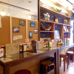 タイカレーラーメン シャム - 店内風景。