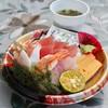 奥武島いまいゆ市場 - 料理写真:海鮮丼(500円)