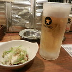 串笑 - ワンコインセットの生ビール&小鉢(温豆腐)