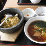 天津飯店 - A、石焼炒飯セット