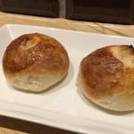 ビストリア 魚タリアン - ミルクパンうんまぁ〜♫