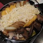 個室×夜景 肉バル 真 - チーズダッカルビ