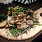 個室×夜景 肉バル 真 - 鶏肉焼