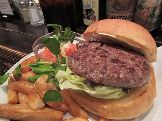 センターフォーハンバーガーズ - 飛騨牛バーガー