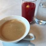 77036698 - 最後のトマトジュース+コーヒー