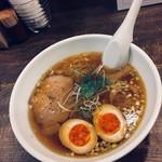 77037001 - 煮卵ラーメン 680円