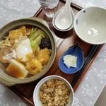 扇谷 - 料理写真:鍋焼きうどん 980円