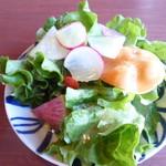 Cafe'会英楼 - 料理写真:チキンライスセットのサラダ