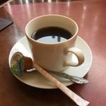 新新園 - ランチサービスのコーヒー